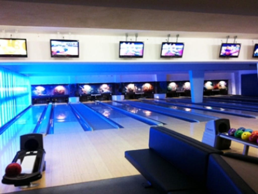 Bowling & Games 2