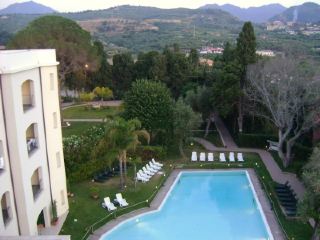 Parco Augusto Grand Hotel Terme 4 Stelle 4